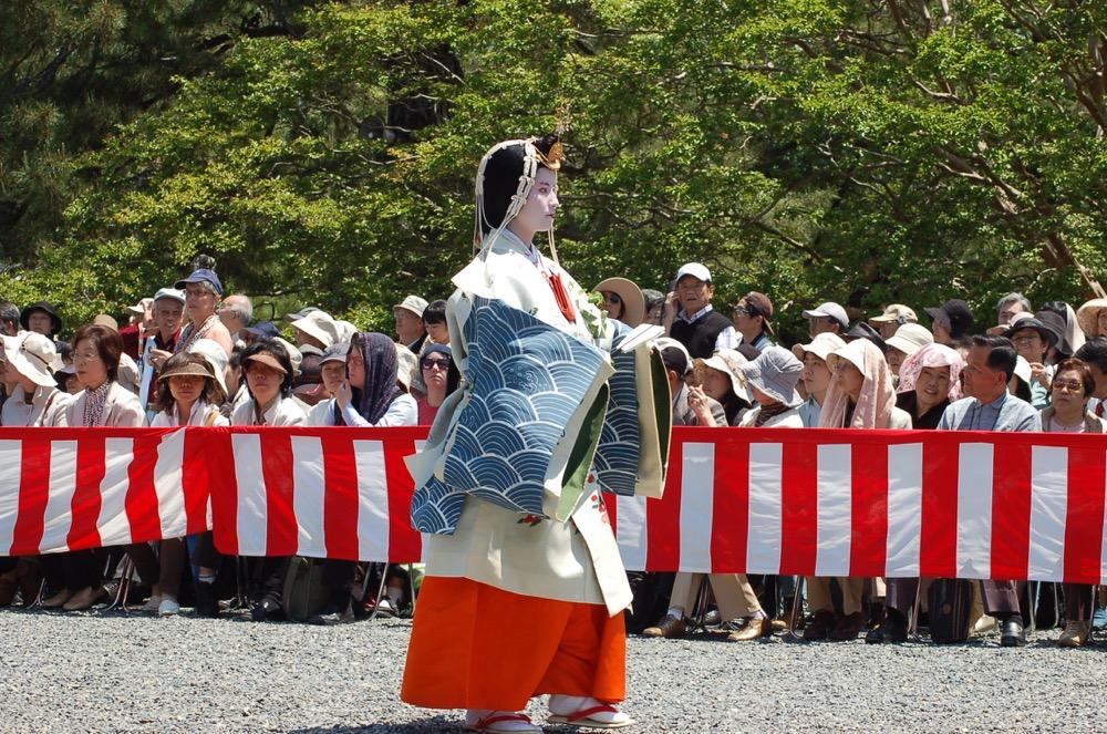 路頭の儀:御所:女人列